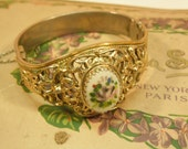 Bangle Bracelet Whiting Davis Gold Tone Filigree Vintage 1970s