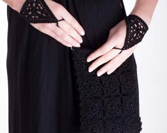 Bridesmaids gloves, Wedding gloves, crochet gloves, lace gloves, fingerless gloves, lace cuffs, lace mittens, bridesmaids gift, black gloves