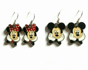 Disney Mickey/Minnie Mouse Earrings