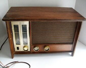 Vintage Zenith AM FM Radio 1950's Tube Radio