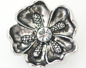1 PC 18MM White Rhinestone Flower Silver Candy Snap Charm DS5016 Cc1081