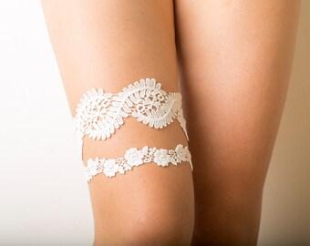 Bridal ivory lace garter set, floral bridal garter belts, wedding garter set