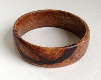 Mango Wood Bangle with Tree Limb Knot Bracelet