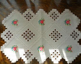 """Vintage Linen Dresser Scarf, 12"""" X 18"""" hand embroidered cross stitch"""