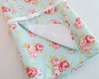Shabby Chic Contoured Changing Pad Cover With Optional Waterproof Mat / Travel pad