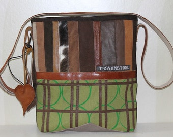 Cool fabric bag with leather details