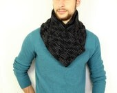 Panther - Super Soft Chunky Merino Wool Scarf in Black and Gray