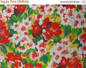 25% OFF Vintage Cotton Fabric Floral Cotton Fabric Red and Yellow Flowers Wide Fabric Vintage Floral Fabric - 3 1/8 Yards - CFL1283