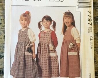 Girls Jumper Pattern / Appliqué Pattern / Jumper Pattern / Girls Pattern / Size 6 / Size 7 / Size 8 / UNCUT / McCalls 7797