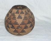 Vintage NAVAJO Native American Indian SW Basket (box 3)