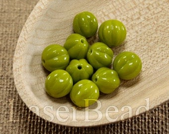 20pc Olive green beads 8mm |  Green glass beads | Bright Olive green round Czech Glass | Opaque green beads