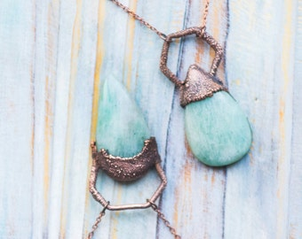 Mint green amazonite pendant, geometric pendant, teardrop green crystal, Rustic jewelry, copper bohemian gemstone pendant, Friendship gift
