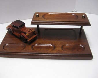 Vintage Mens Dresser Valet, Mens Key Caddy, Man Cave Decor, Old Car Valet