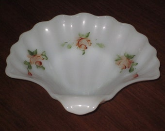 Vintage Fire King Shell HP Dish