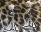 Pair of vintage rhinestone boat nautical drop dangle earrings free shipping sale