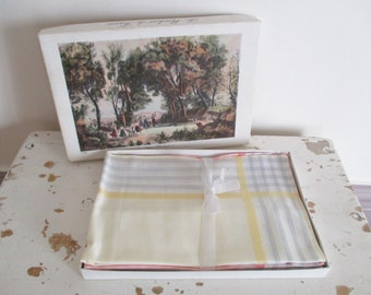 5 vintage french handkerchieves handkerchief with box, 1950, Mouchoirs , New condition, Mid century, Retro, France