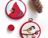 Customized 4 inch Bird Artwork, Bird Lover Gift, Bird Pet Portrait, Woodland Embroidery Hoop Art, Fiber Art Wall Hanging, Custom Art