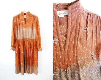 Vintage 1970s Boho Dress Quilted Large Print Brown Hippy Hippie Womens Clothing Pleated Prairie