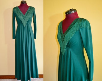 1970s Vintage Fringed Empire Waist Green Dress size XS bust 32