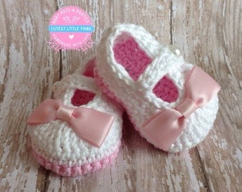 Baby Booties, Baby Shoes, white Crochet Booties with Pink Bow, Mary Jane,  Crochet Shoes, Newborn, Infant, Baby Girl