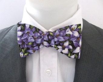 Men's bowtie ~ made in bright purple floral design ~ neoud ~ papillion ~tie ~wedding bowtie