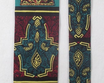 Vintage ROOSTER Necktie MOD Neo Classical Square Bottom End Hipster Skinny Tie