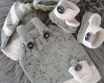SALE! Newborn  Photo Prop set,Baby Boy Overalls,Hat and Booties,Baby boy knit overalls,hat and booties.Ready to ship