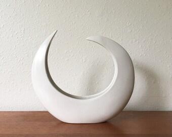 Vintage Modernist Crescent Moon Ikebana Vessel // Toyo // Japan