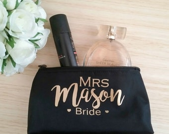 Personalised Gift; makeup purse; bride gift; makeup bag; personalised makeup bag; Bridesmaid gift, personalised make up bag; make up purse