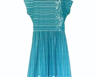 Vintage Green with White Floral & Stripe Dress | Medium 10-12