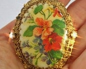 FREE Shipping Vintage Red NASTURTIUM West Germany Brooch Flowers Picture Tile Oval on Brass Filigree Pin Austrian Crystal Rhinestones