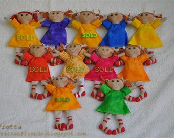 "SALE! Fretta's Miniature Folk dolls. 7"" Primitive dolls, Child friendly rag / cloth dolls."