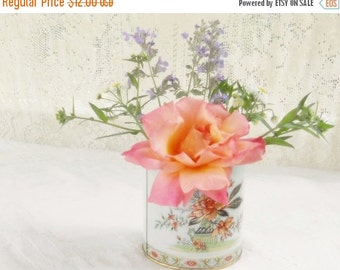 On Sale Vintage Shabby Chic/Cottage Style Daher Botanical Decorative Tin, Royal Crown, Great Britain