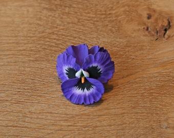 Pansy Brooch Pin in a choice of colours