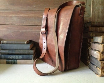Vintage Sienna Brown Artisan Leather Saddle Bag ~ Messenger Mini Briefcase Satchel