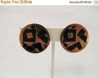 On Sale Avon Geometric Enameled Circle Earrings Item K # 1504