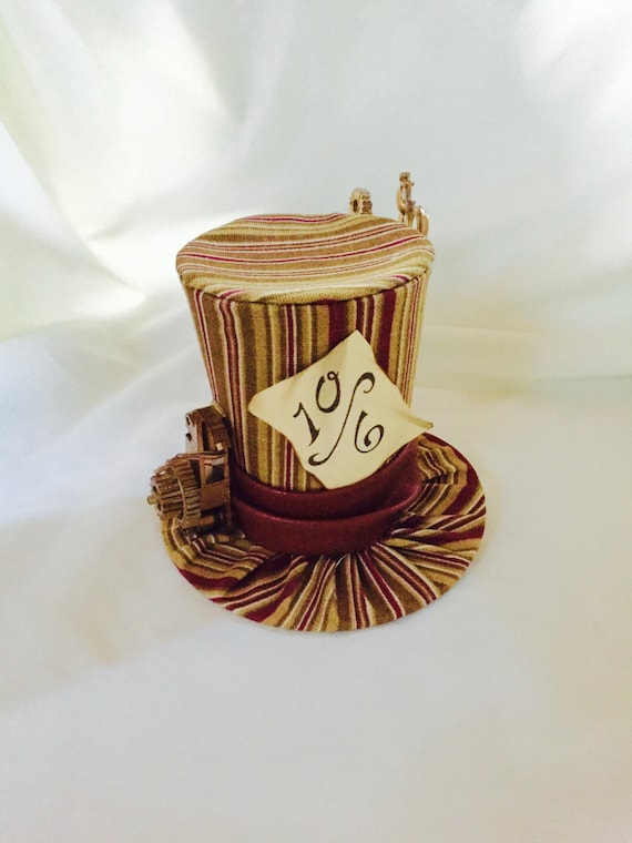 Tiny Top Hat: Steam Punk Mad Hatter - Alice in wonderland Steampunk gears vintage mad hatter tea party teaparty cosplay costume march hare