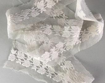Antique lace trim, french lace / victorian lace / wedding dress / vintage textiles
