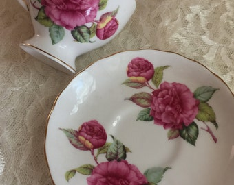 "BEAUTIFUL VINTAGE CHINA Tea Cup & Saucer- Royal Tuscan ""Camellia"" Fine Bone China Made in England"