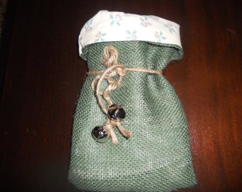 Burlap and Fabric Lined Christmas Gift Favor  Bags