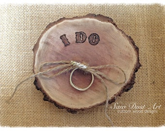 Wooden log ring cushion