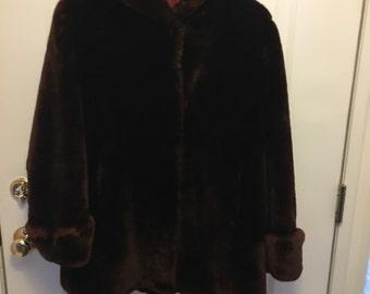 Gorgeous  Deep Brown Mouton Ladies Jacket Vintage 1940s Excellent  Condition  size M-L