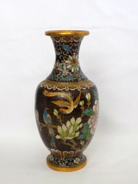 Highly Detailed Older Vintage Chinese Cloisonne Vase Brass