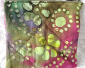 quilted zippered pouch / small change purse / quilted tie dye