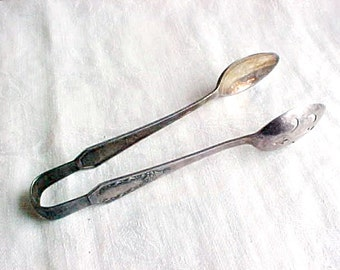 Vintage Silverplate Tongs - Ice / Sugar Cube Server - Pierced Bowl - 1914 CAROLINA Holmes & Edwards Stratford Silver Plate Co - Unmonogramed