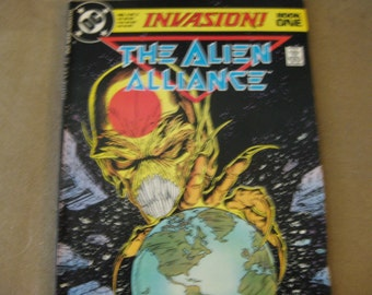 DC Alien Alliance Book One Invasion comics  1988 Book One Very good no bending or tears 80 pages