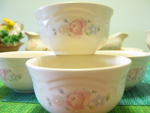 Pfaltzgraff Tea Rose Bistro Dessert bowls  Restaurant Supply bowls Retro bowls Set of 4 TWO sets of 4 available
