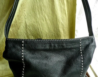 Vintage Purse - Woman's Shoulder Bag - Soft Supple Satchel Bag -The Sak - Multi Pocket Purse - Black Leather - Contrasting Stitch Detailing