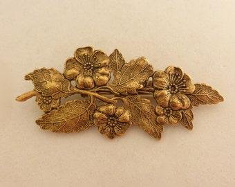 Vintage 1960's Gold Floral Leaf Pin