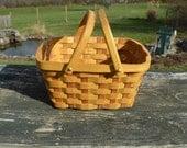 Gathering Harvest market basket medium size Mulberry wood